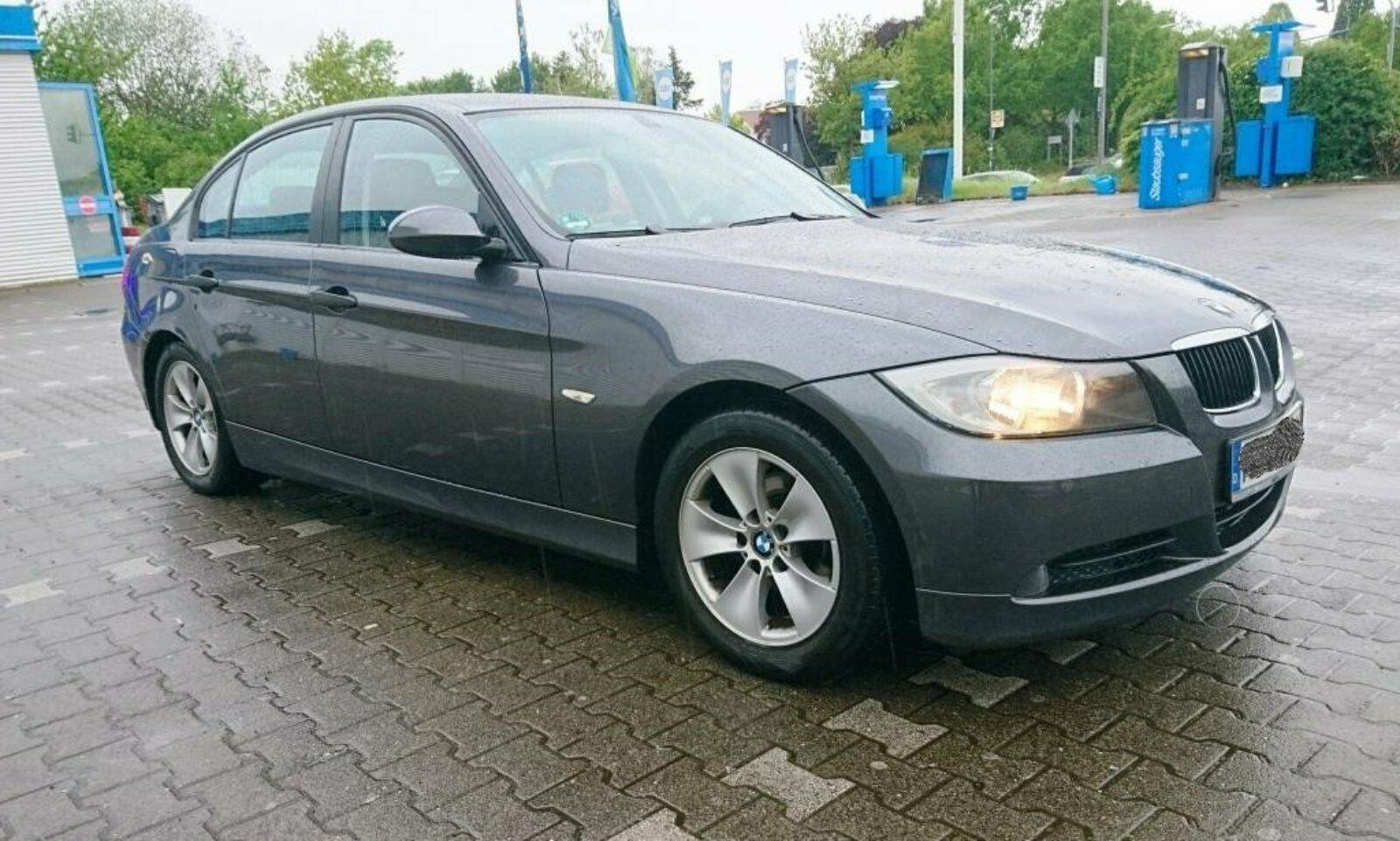 BMW320LPG10.JPG